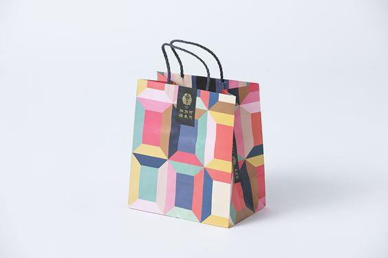 การจัดทำถุงกระดาษให้ออกมาดูดีมีความสมบูรณ์แบบ 02